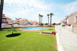 Продажа бунгало в провинции Costa Blanca South, Испания: 2 спальни, 110 м2, № GT-0211-TN – фото 2