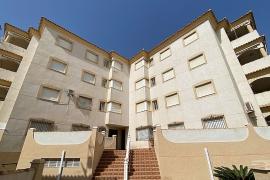 Продажа апартаментов в провинции Costa Blanca South, Испания: 2 спальни, № GT-0213-TN – фото 18