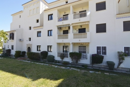 Продажа апартаментов в провинции Costa Blanca South, Испания: 3 спальни, № GT-0214-TN – фото 2