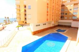 Продажа апартаментов в провинции Costa Blanca South, Испания: 3 спальни, № GT-0205-TN – фото 3