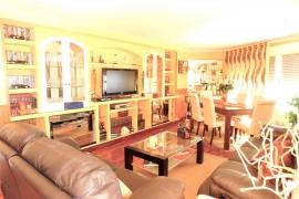 Продажа апартаментов в провинции Costa Blanca South, Испания: 3 спальни, № GT-0205-TN – фото 4