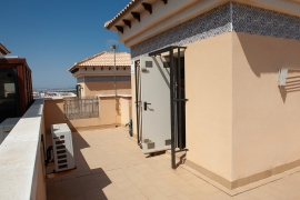 Продажа бунгало в провинции Costa Blanca South, Испания: 3 спальни, 76 м2, № GT-0216-TN-D – фото 25