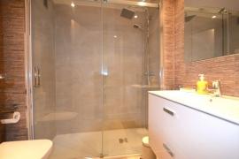 Продажа апартаментов в провинции Cities, Испания: 2 спальни, 75 м2, № RV5001TR – фото 8