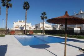 Продажа таунхаус в провинции Costa Blanca South, Испания: 3 спальни, 95 м2, № GT-0233-TN – фото 2