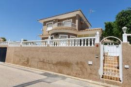 Продажа виллы в провинции Costa Blanca South, Испания: 3 спальни, 125 м2, № GT-0251-TN – фото 18
