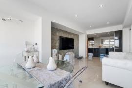 Продажа апартаментов в провинции Costa Blanca South, Испания: 3 спальни, 108 м2, № RV0094BE – фото 7
