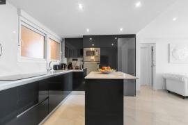 Продажа апартаментов в провинции Costa Blanca South, Испания: 3 спальни, 108 м2, № RV0094BE – фото 9