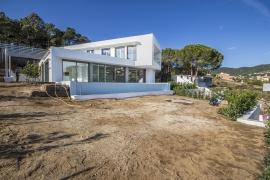Продажа виллы в провинции Cities, Испания: 5 спален, 635 м2, № RV-B005-BE – фото 2