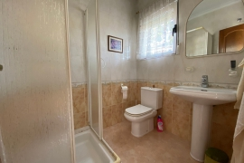 Продажа виллы в провинции Costa Blanca South, Испания: 3 спальни, 220 м2, № RV0122MI – фото 21