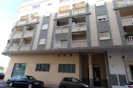 Продажа апартаментов в провинции Costa Blanca South, Испания: 2 спальни, 88 м2, № RV0129ST – фото 2
