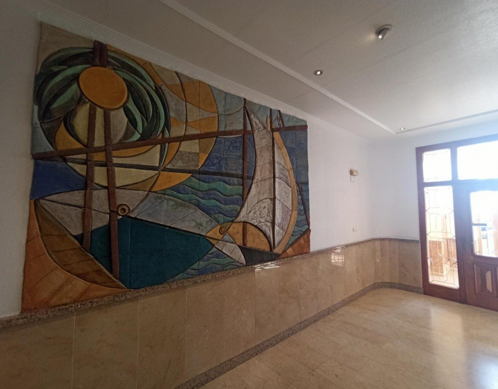 RV0136SP : Хорошая квартира на первой линии пляжа Лос Локос, Торревьеха