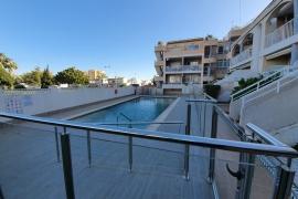 Продажа бунгало в провинции Costa Blanca South, Испания: 2 спальни, № RV0138VI – фото 2