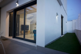 Продажа виллы в провинции Costa Blanca South, Испания: 3 спальни, 109 м2, № NC3944MP-D – фото 2