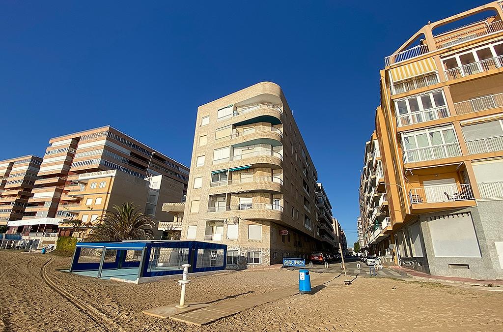 RV0163MR : Квартира на 1 линии пляжа, Торревьеха – Асекьон