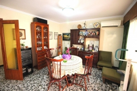 Продажа апартаментов в провинции Costa Blanca North, Испания: 3 спальни, 113 м2, № RV0177MP – фото 2