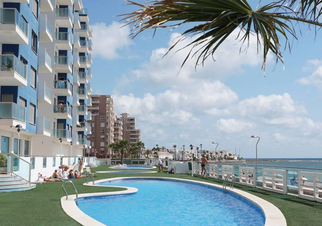 NC0021EU : Двухэтажные Апартаменты в Ла-Манга
