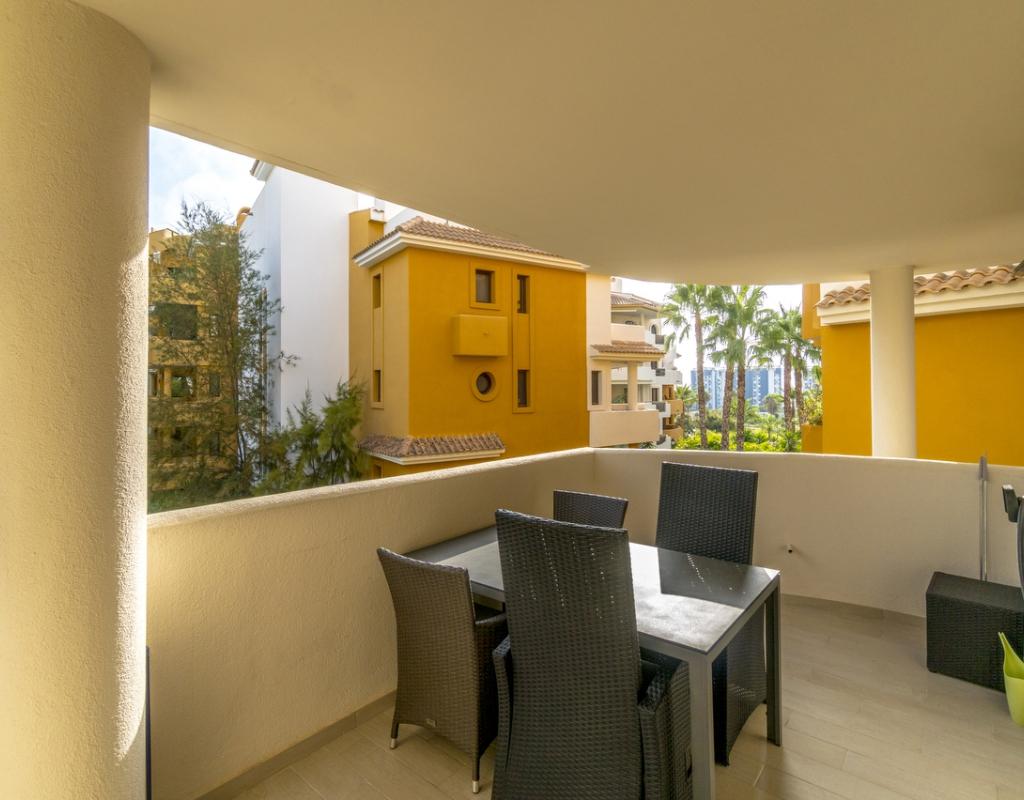 RV0184BE : Просторная квартира в жилом районе Пунта Прима