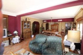 Продажа виллы в провинции Costa Blanca North, Испания: 5 спален, 240 м2, № GT-0347-TF – фото 7