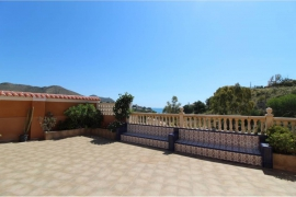 Продажа виллы в провинции Costa Blanca North, Испания: 5 спален, 240 м2, № GT-0347-TF – фото 1