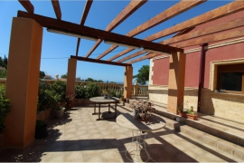 Продажа виллы в провинции Costa Blanca North, Испания: 5 спален, 240 м2, № GT-0347-TF – фото 2