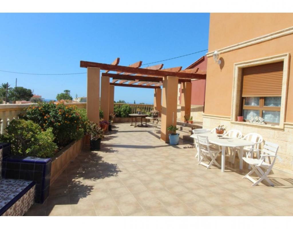 GT-0347-TF : Двухэтажная вилла в Эль Кампельо, Аликанте