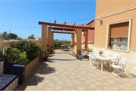 Продажа виллы в провинции Costa Blanca North, Испания: 5 спален, 240 м2, № GT-0347-TF – фото 4