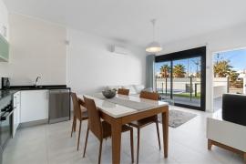 Продажа апартаментов в провинции Costa Blanca South, Испания: 3 спальни, 72 м2, № RV1909BE – фото 6