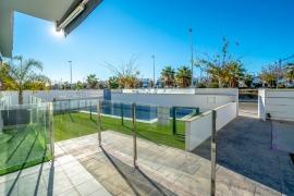 Продажа апартаментов в провинции Costa Blanca South, Испания: 3 спальни, 72 м2, № RV1909BE – фото 14