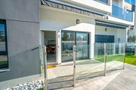 Продажа апартаментов в провинции Costa Blanca South, Испания: 3 спальни, 72 м2, № RV1909BE – фото 13