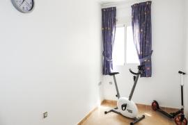 Продажа апартаментов в провинции Costa Blanca South, Испания: 3 спальни, 75 м2, № RV1912HA – фото 12