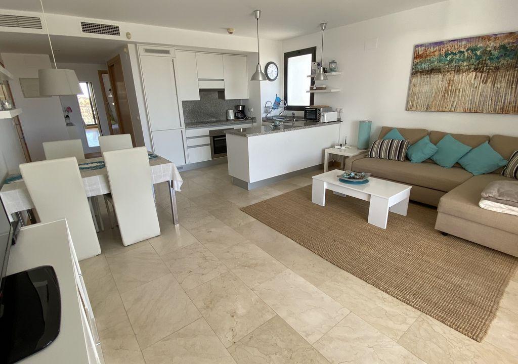 RV1926MI : Квартира с видом на море Кампоамор