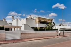 Продажа виллы в провинции Costa Blanca South, Испания: 3 спальни, № RV1928GL – фото 2
