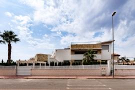 Продажа виллы в провинции Costa Blanca South, Испания: 3 спальни, № RV1928GL – фото 12
