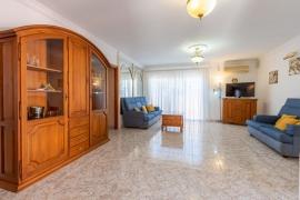 Продажа виллы в провинции Islas, Испания: 3 спальни, 81 м2, № RV-5577P-CC – фото 3