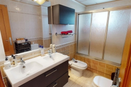Продажа апартаментов в провинции Costa Blanca South, Испания: 3 спальни, 80 м2, № RV0209CA – фото 13