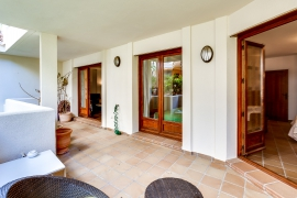 Продажа апартаментов в провинции Costa Blanca South, Испания: 2 спальни, 117 м2, № RV0212GL – фото 17